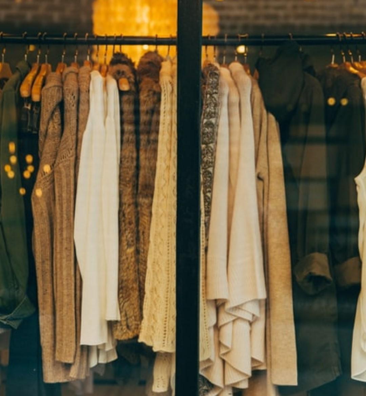 Tips Berpakaian Santai yang Bikin Hari Kamu Lebih Menyenangkan